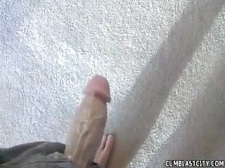 Girls vagina size - A big-sized girl gets a facial