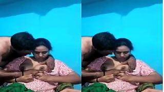 Sexy MAllu Bhabhi Boob Sucking By Hubby