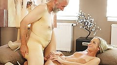 OLD4K. Old pedagogue uses chance to make love with...