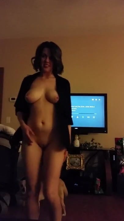 Fuck My Wife While Masturbate