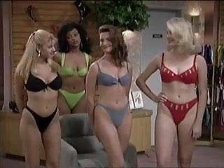 The fem ale sexy Al bundy mit sexy bikini babes