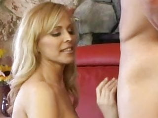 Sexual telepathy Nicole moore hot blond milf having sexual adventure