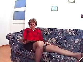 Glass dildos jucier Granny in glasses and stockings loves a fuck