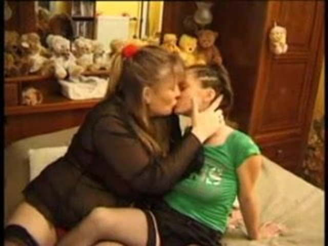 Mother Teen Daughter Lesbian