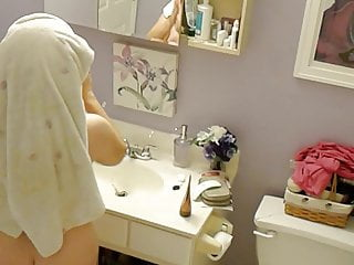 Naked wife multiorgasm video - Naked wife spy bathroom