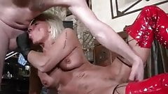 I'm a sucker for a fit dirty milf