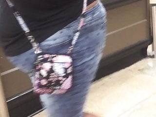 Models bikini bottom falls off - Phat sloppy bbw jeans falling off that ass