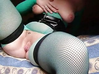 Getting wife to fisting - Amteur wife fisting herself, then gets fisted, then both