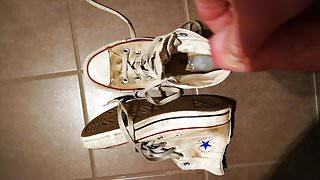Cumshots on dirty white converse chucks