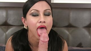 Sexy curry babe gives POV blowjob