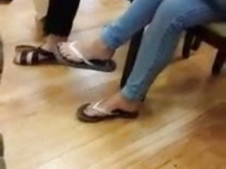 Flip flop teen - Candid teen in flip flops feet toes