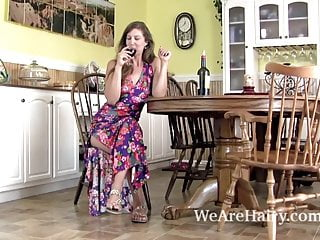 Xxx rated valentine ecards Valentine takes off floral dress and shows off body