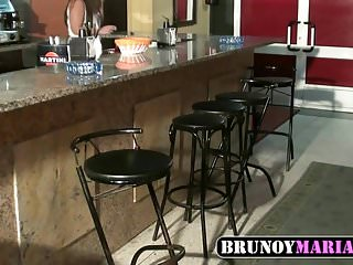 Video se gay Brunoymaria la camarera se folla al repartidor de bebidas