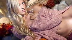 Petite blonde Alex Grey Undressing