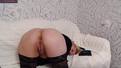 Russian bitch inserts a butt plug in the ass and jerks off