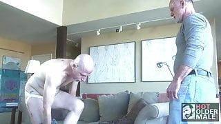 Silver Daddy Jordan Garrison uses Pig Bottom