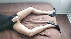 Crossdresser jerking off in tan pantyhose