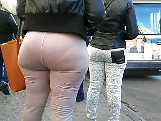 Sexy sweat Bubble ass milf vpl in grey sweats
