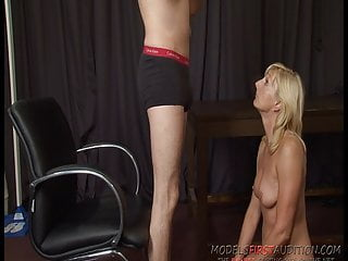 Milf modeling - British milf pippa models first audition