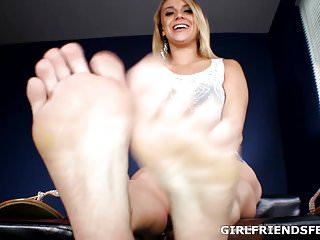 Amateur female feet post - Only female feet - maria jade