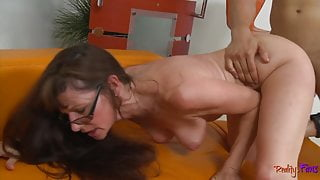 Cougar stepmommy plowed from behind