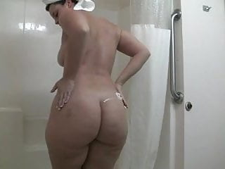 Fenugreek breast lotion Applyin lotion to that hot bodacious body