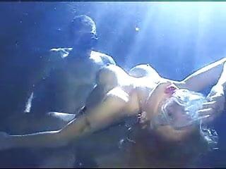 Underwater sex scene - Moon light underwater sex part 2