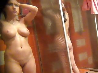 Pussy locker - Hot skinny college girl masturbating in locker room