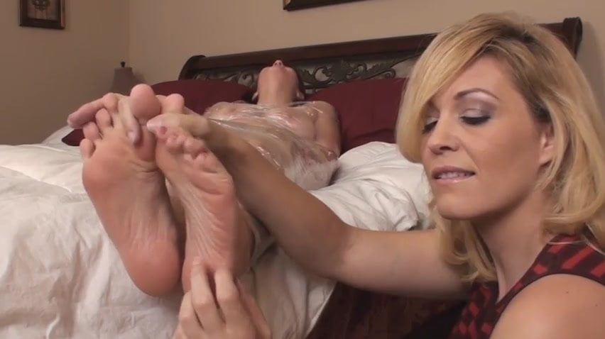 College Girl Feet Tickle