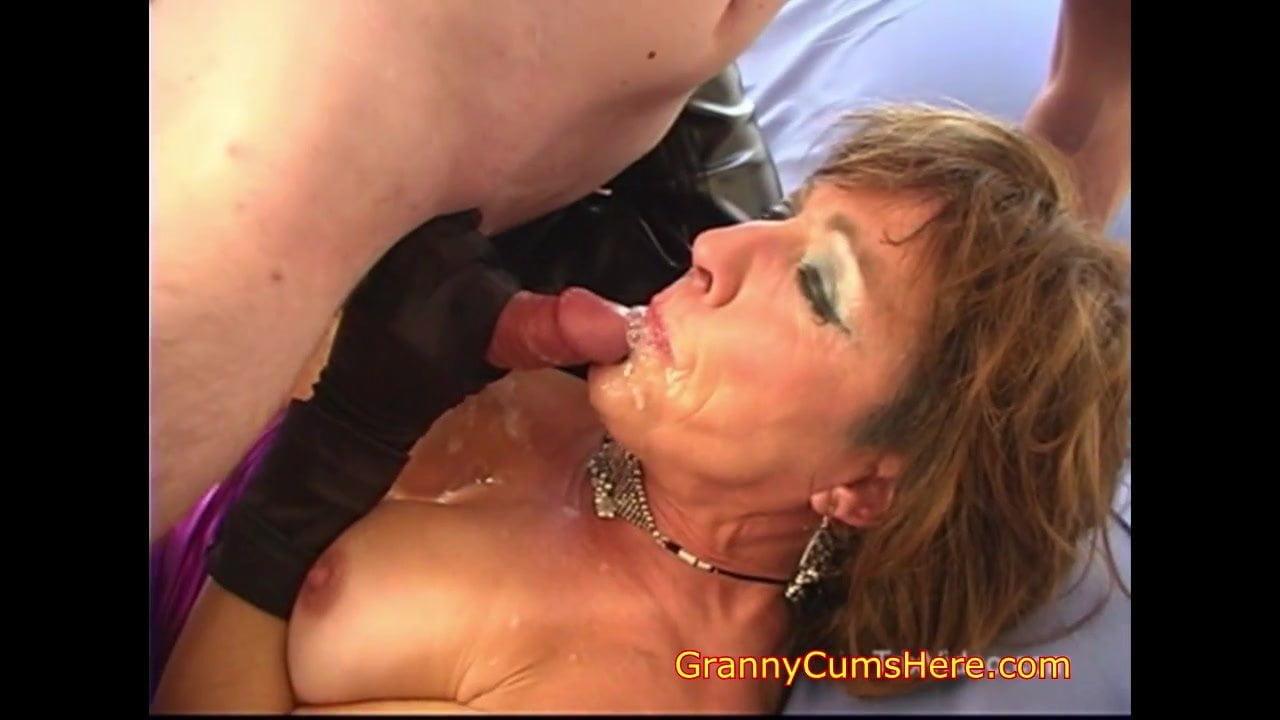 Porn tube Painful double penetration video