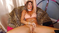 Friendly and chatty mommy open as a sexy book