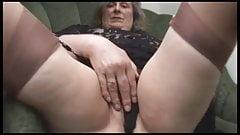 Nice Granny showin' it
