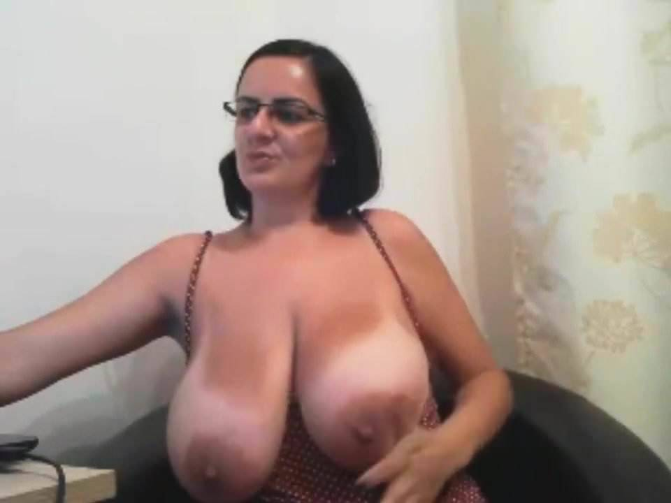 Big Natural Tits Amateur Solo