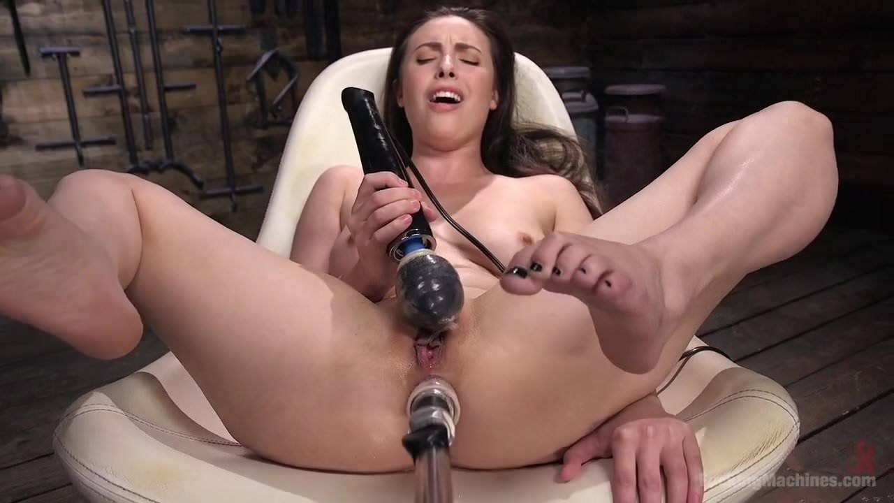 Huge Dildo Machine Fast