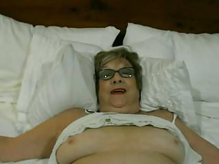 Ice masturbation videos Playing with pussy and ice