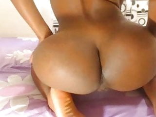 Black ass fingering - Black girl twerks her huge ass and spreads shaven pussy