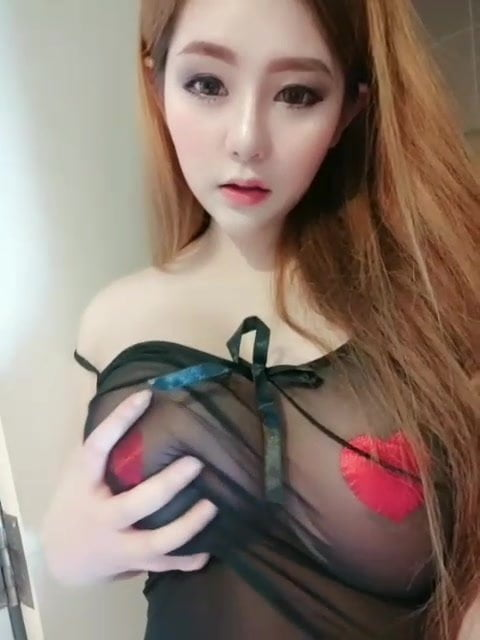 Thai model pim big boob