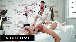 Hot Massage Therapist Massages MILF's Tight Pussy