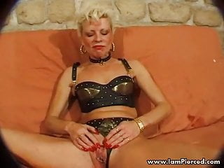 Iam agirl ican t pantyhose videos - Iam pierced french granny with pussy piercings anal sex