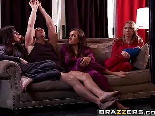 Reals wives licking pussy Brazzers - real wife stories - slut wives scene starring je