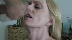 Amateur GILF Lives Out Her Fantasy