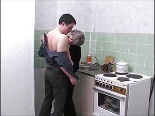 Not russian porn Moden kvinde ung fyr 8 - russian porn danish title