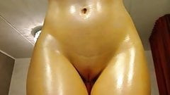 blond webcam in oil