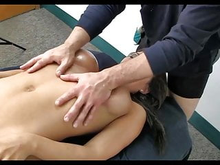 Massage palor voyeur Super sexy mom gets amazing massage