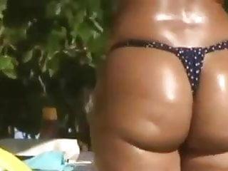 Bikini brazilian padded - Brazilian big ass bikini 2014
