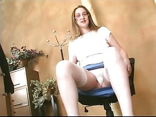 Walking stick dildo Girl with big tits sticks a dildo up her pussy