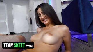 Curvy Babe Eliza Ibarra's Hot Homemade Sex Tape