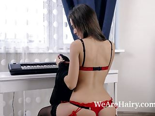 Stay naked after spanking - Helga strips naked after playing on her piano