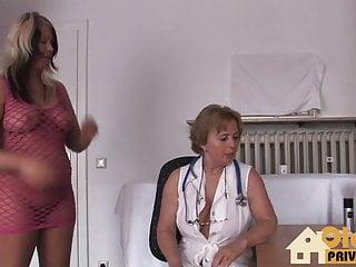 Junge naturism nude und Frau doktor und die junge bitch