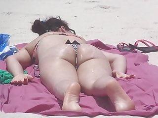 Www livevideo com bikini - Branquinha com biquini socado na praia